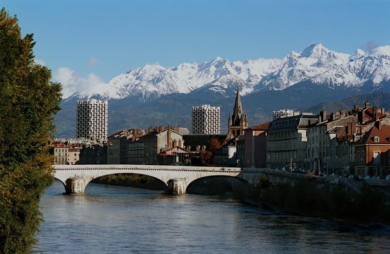 Recherchez un Célibataire à Grenoble - Rencontre Grenoble gratuite 38